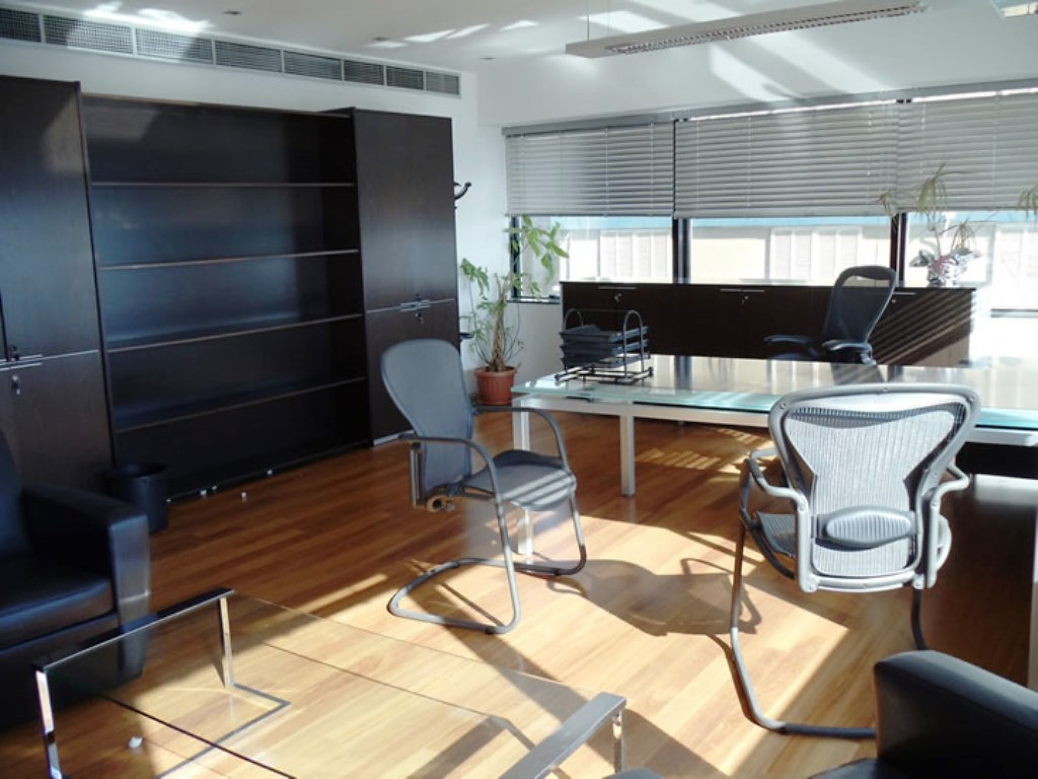 For rent very big 692 sqm Luxury And Spacious Office Space On The ...
