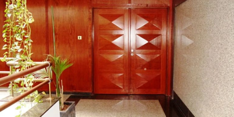 Big office space for rent Limassol 11