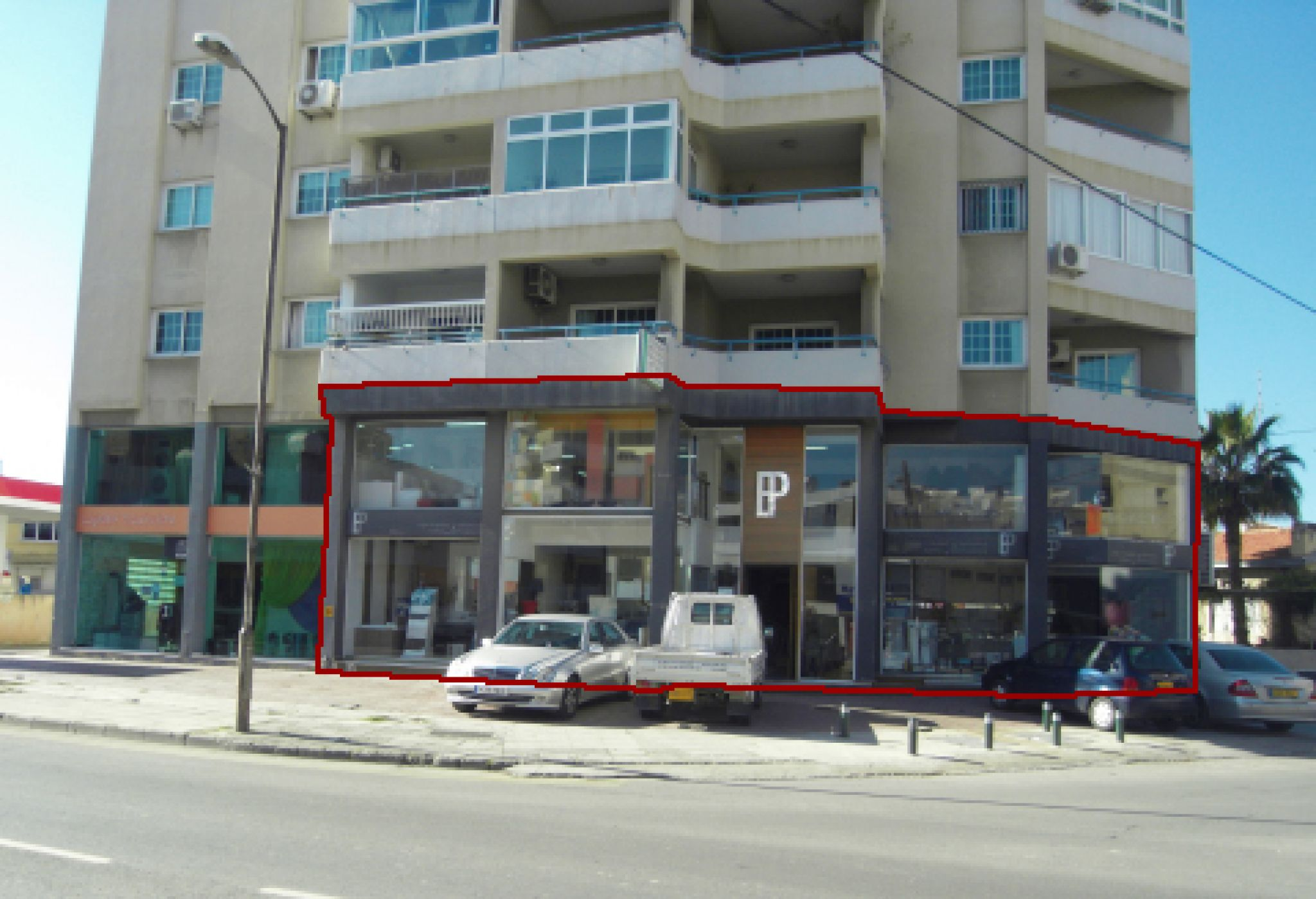 Five spans show room for sale in Larnaca Prime Location