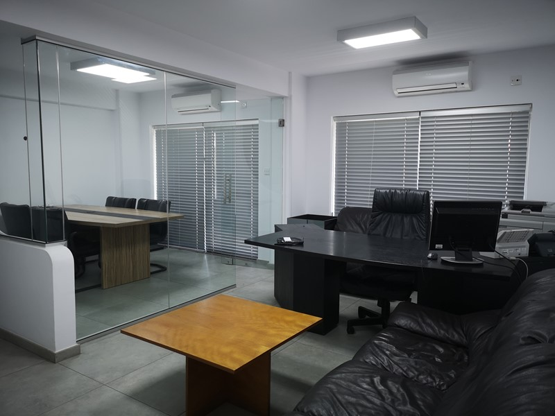 Limassol Furnished Office 100m2 Rent – Town Centre