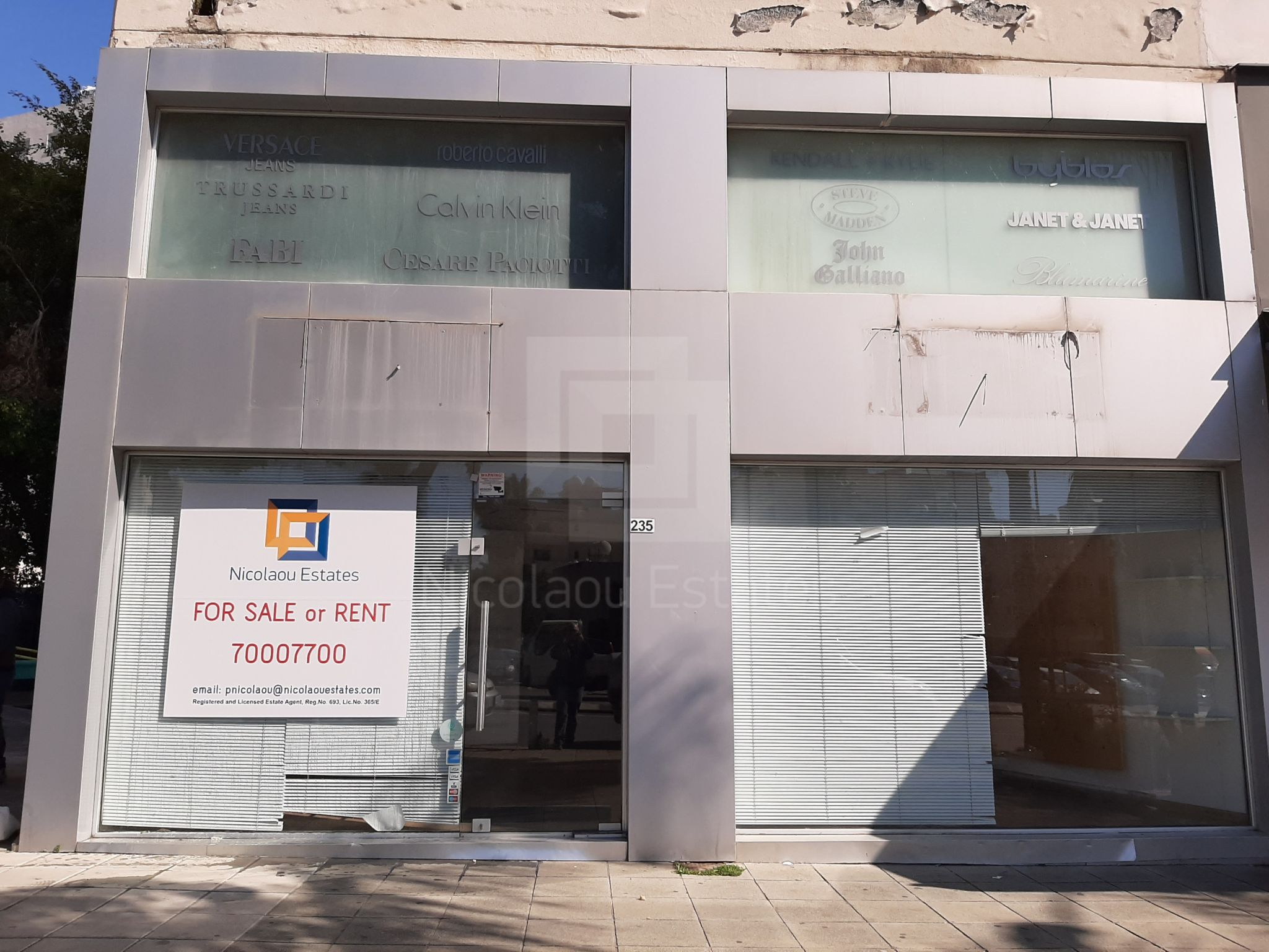 Corner shop for rent in Enaerios seafront area of Limassol